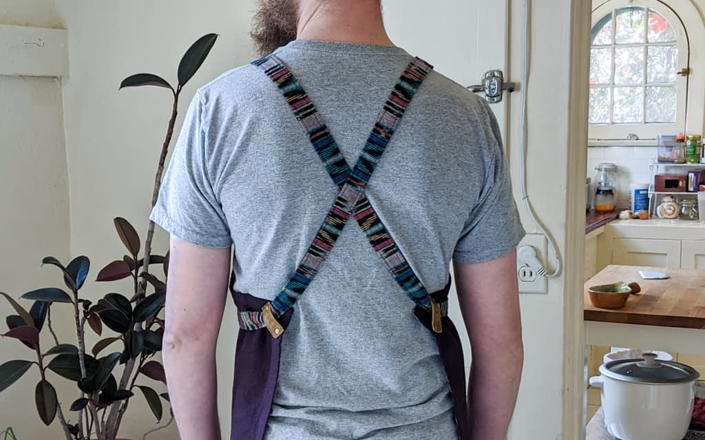 Cross-back apron.