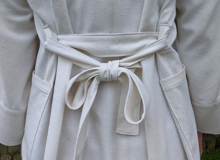 robe bow
